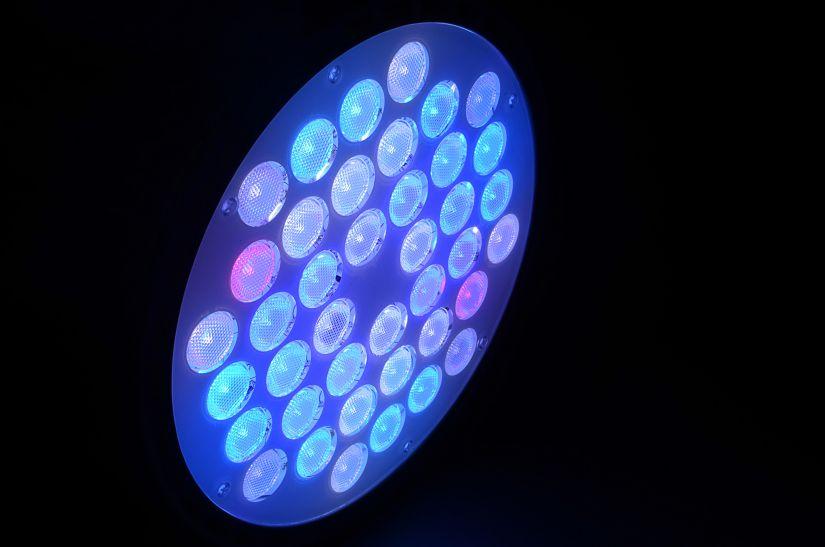 Atlantik-Anhänger WiFi • Orphek Aquarium LED-Beleuchtung