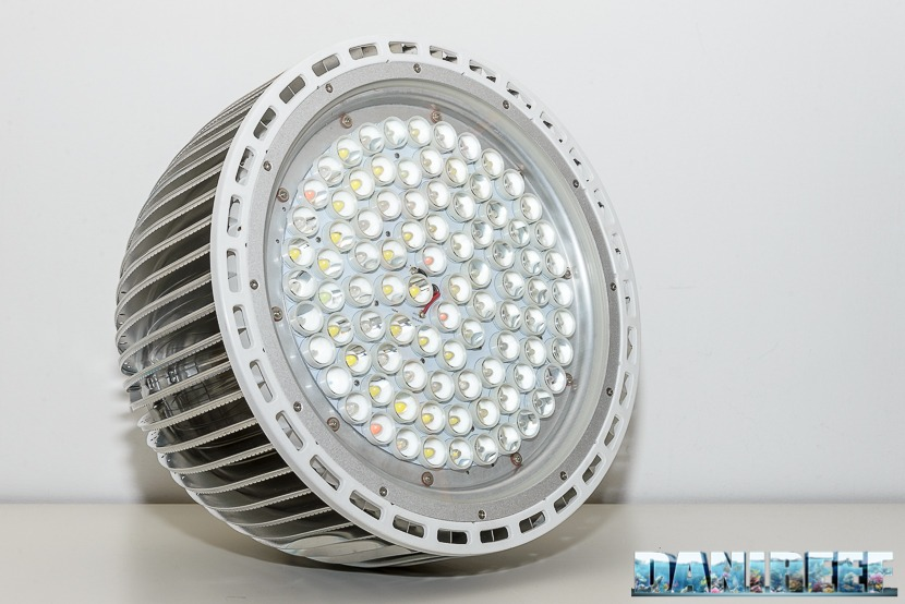 Orphek-Atlantik-P300-Reef-Public-Aquarium-LED-Licht