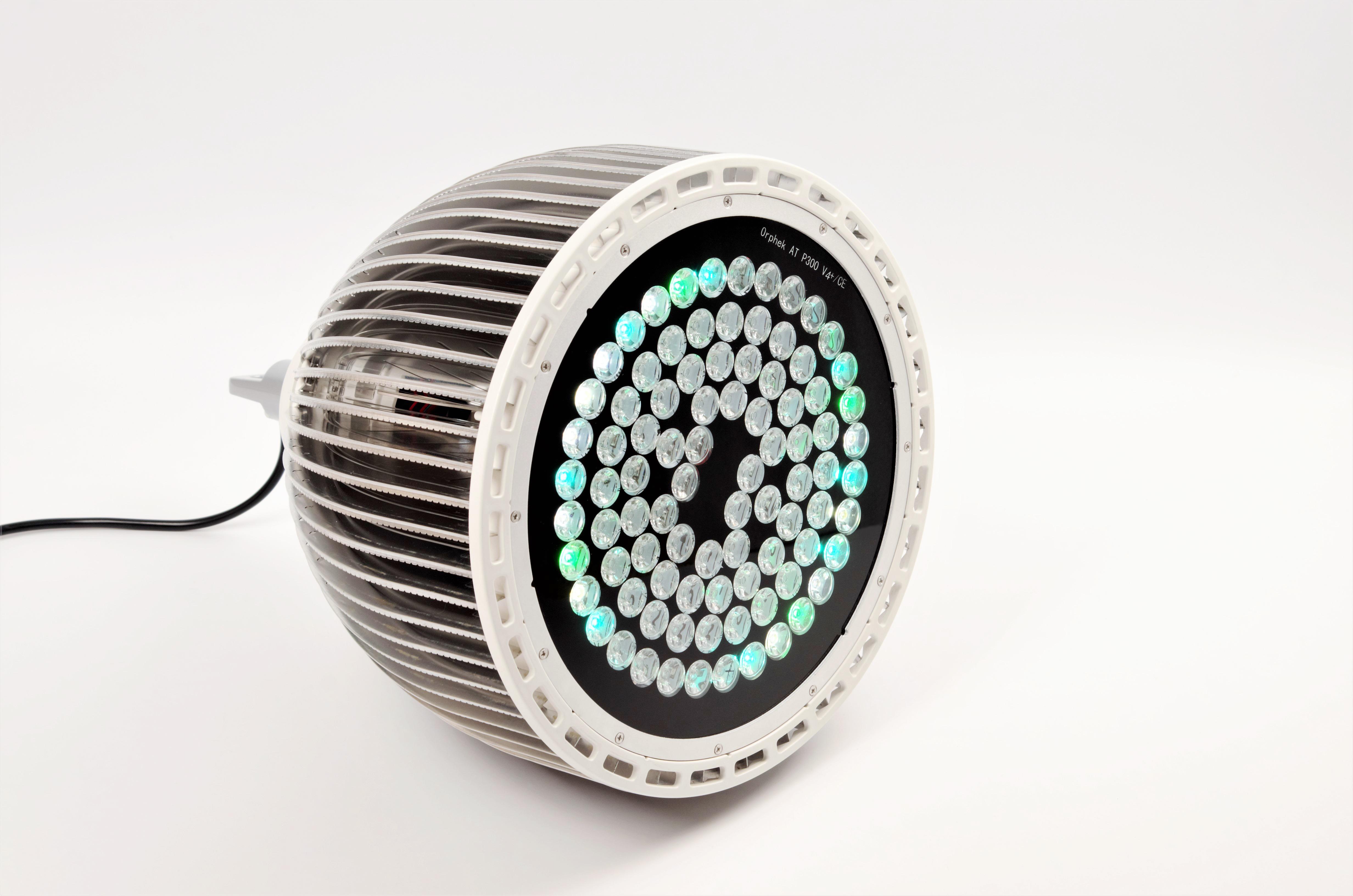 Orphek-publiczne Akwarium-LED-oświetlenie-Reef-Atlantik-p300-V4-plus-kanałowy 1-DSC_4421