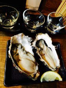 Oyters এবং Sake চটকানি