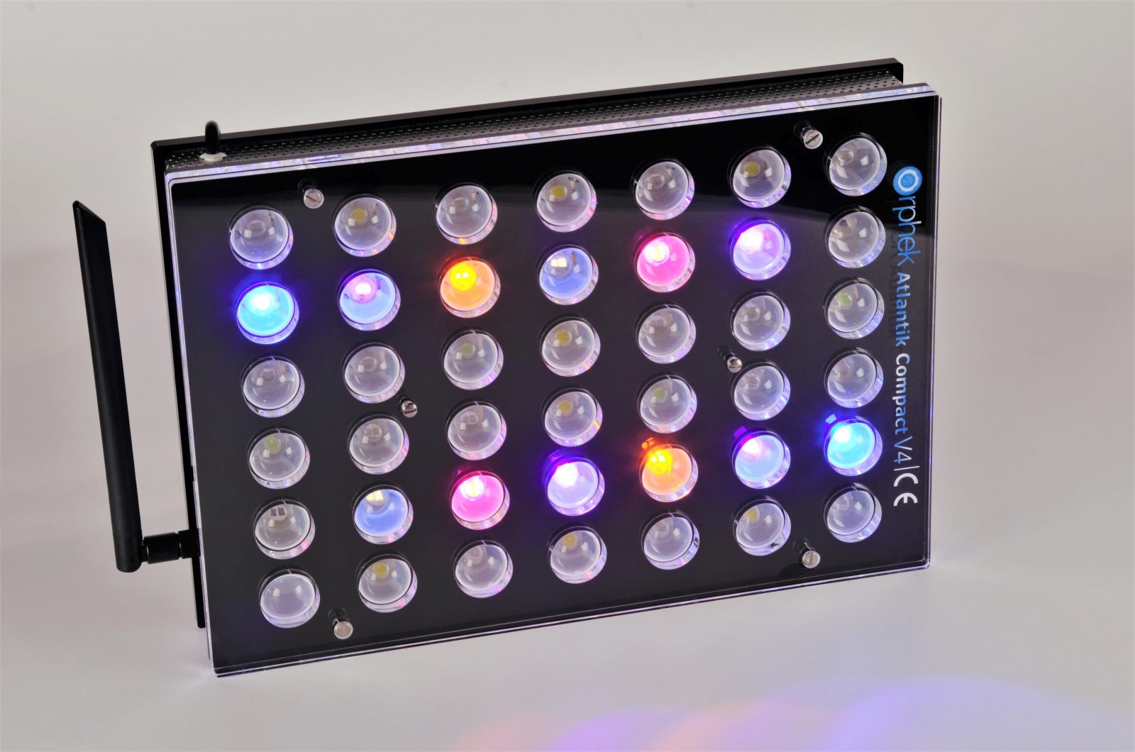 Orphek Aquarium LED Lighting Atlantik Compact V4 cahya ing saluran 3 + 4