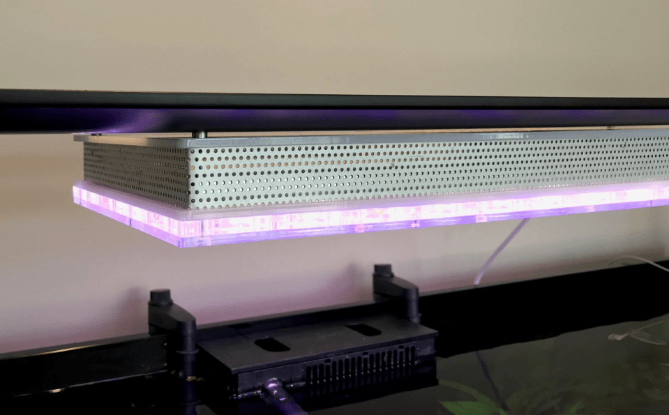 mount-LED-aquarium-light
