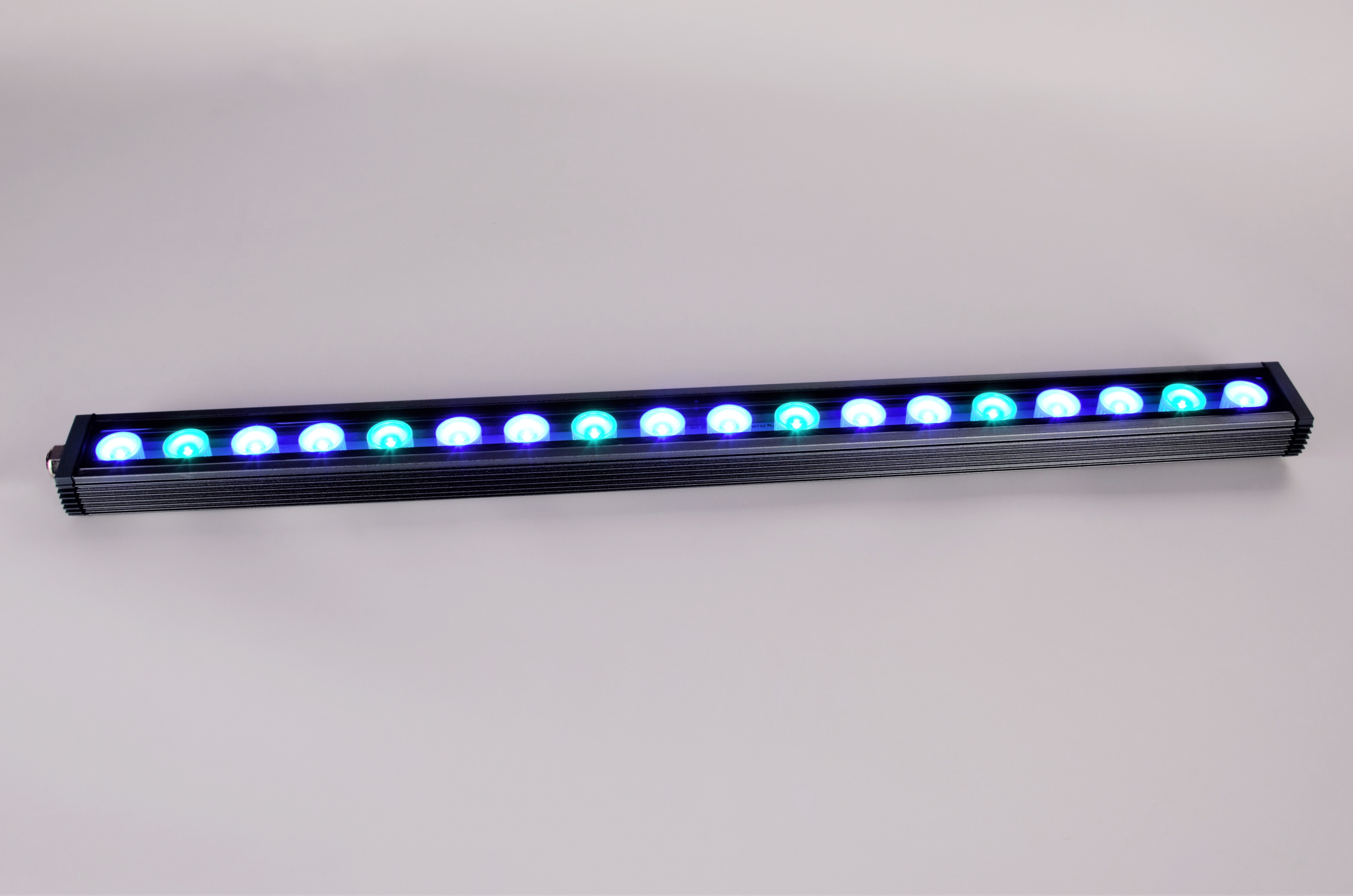 24-inch-OR-60-reef-blue sky-LED-light